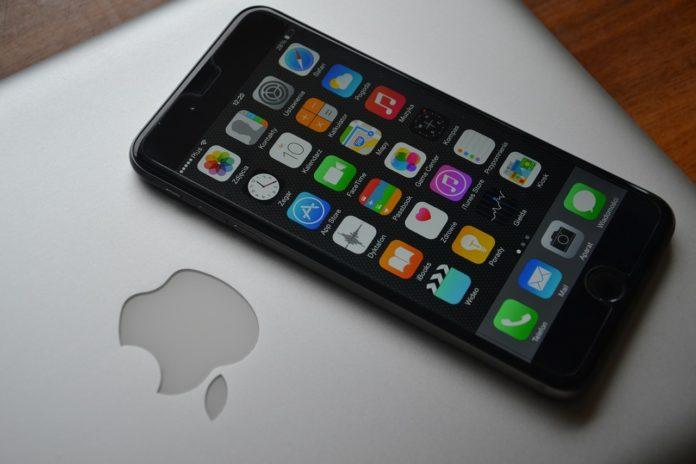 Szklana obudowa na telefon - czy jest praktyczna?