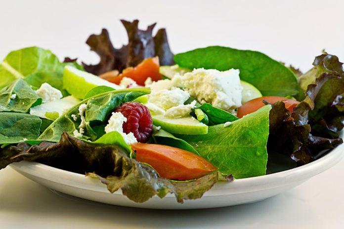 Jak stosować dietę, spędzając 10 godzin poza domem?