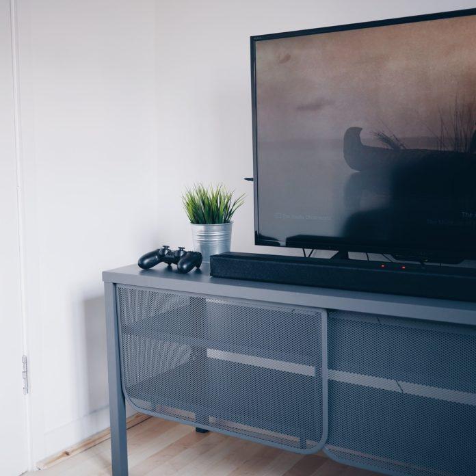 Telewizor do konsoli PlayStation 4 Pro – który wybrać
