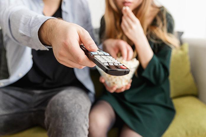 Walka o pilot do telewizora to już przeszłość – postaw na multiroom!