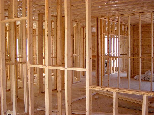Jakość firmy budowlanej przechodzi na frekwencję